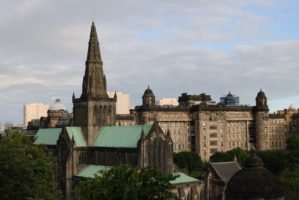 Skyline en Catedral de Glasgow - High Kirk