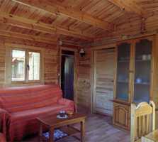 Fotos de caba a de madera en casas rurales las taneas - Casas rurales madera ...