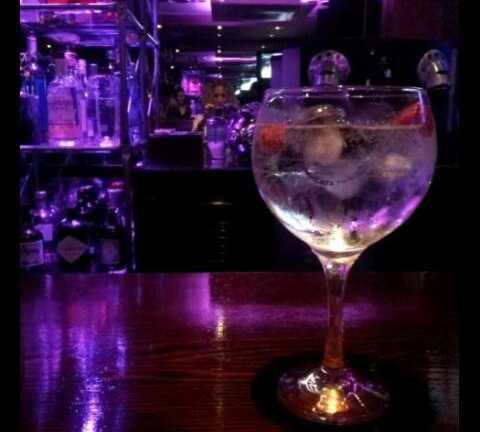 Bebida alcohólica en Music Bar JJ