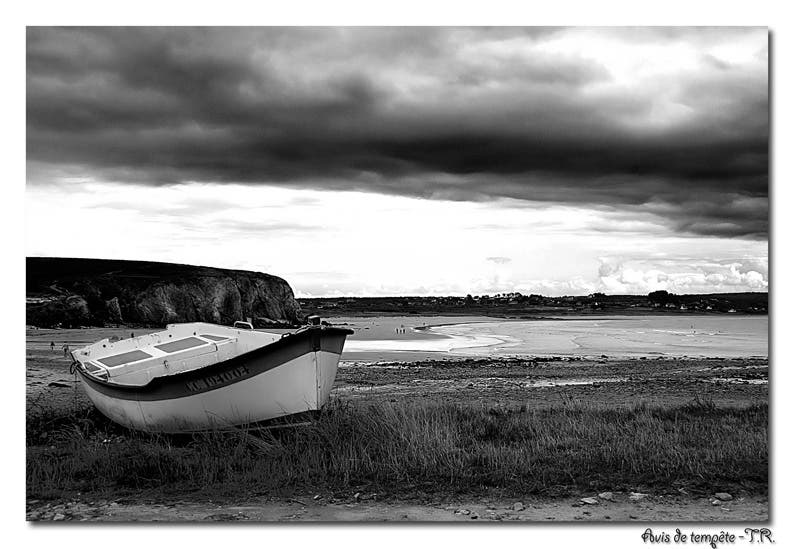 Black And White in Crozon