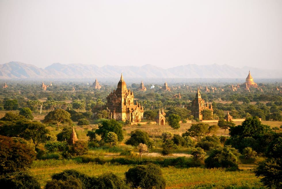 Amarillo en Bagan