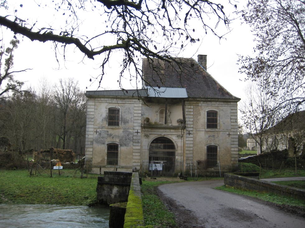 Estate in Bourdons-sur-Rognon