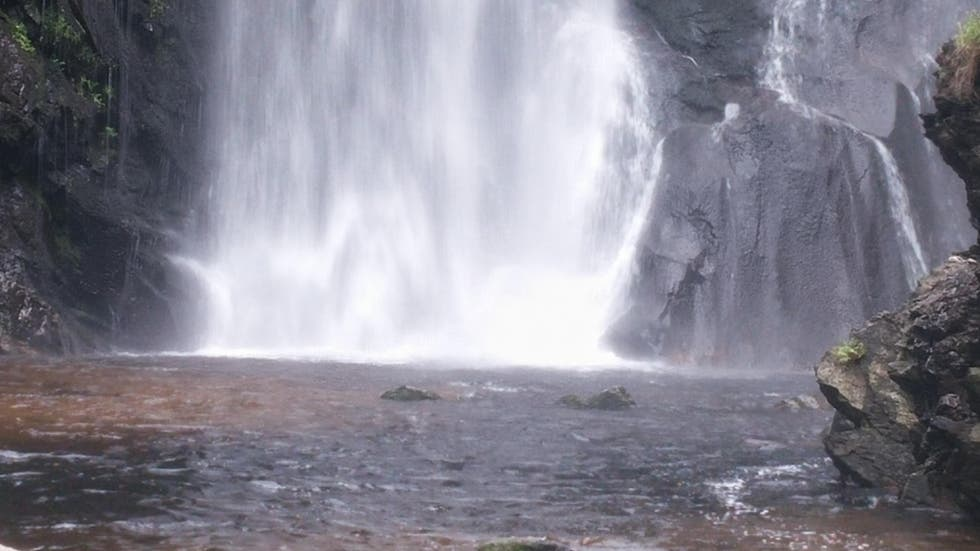 Manantiale a Cascata del fiume Toxa
