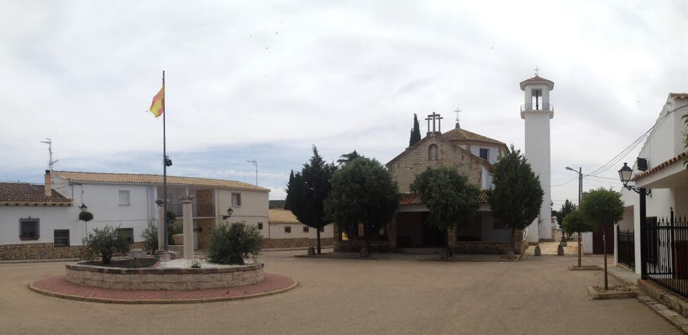 Town in Paredes