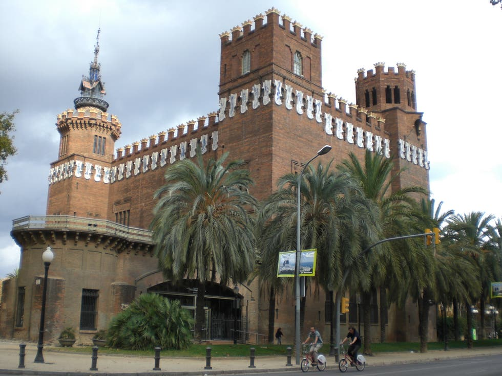 Cattedrale a Castell dels Tres Dragons