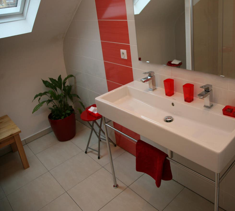 Baño en Les chambres du Beau Regard