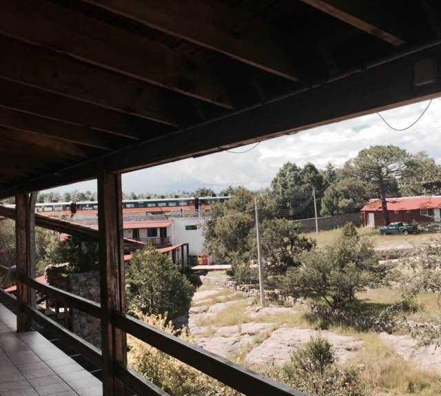Tren en Hotel Divisadero Barrancas