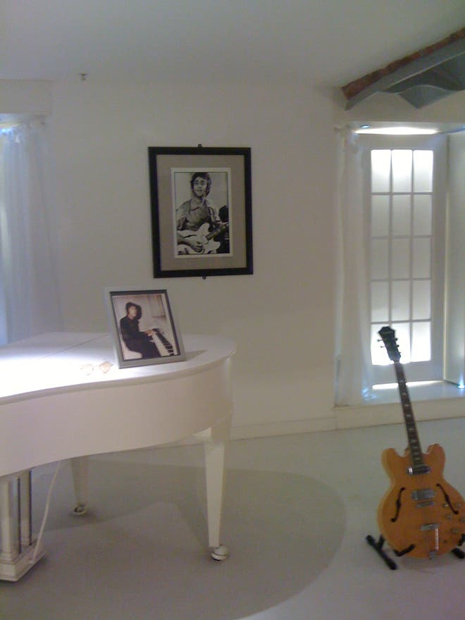 Villa en The Beatles Story