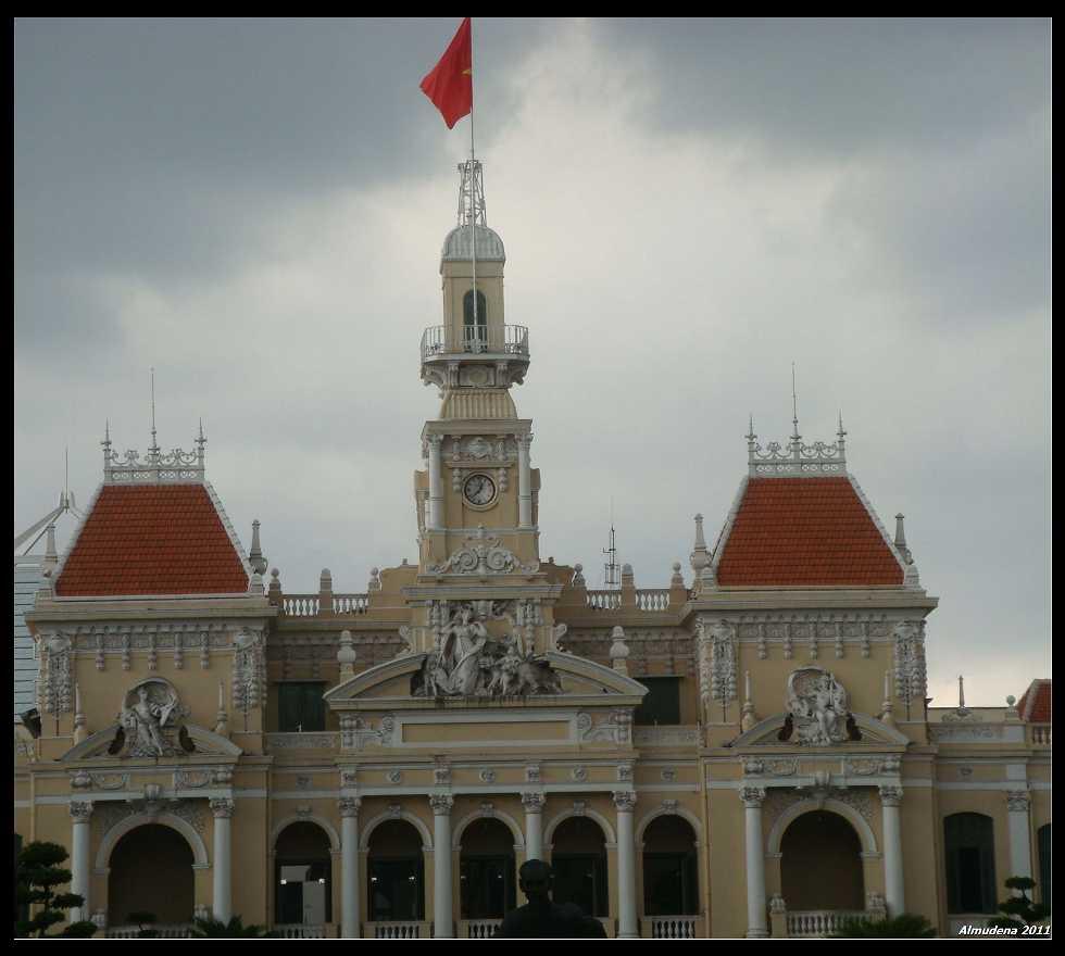 Basílica en Ayuntamiento De Ho Chi Minh