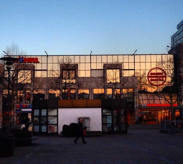 Anochecer en Praça Besiktas