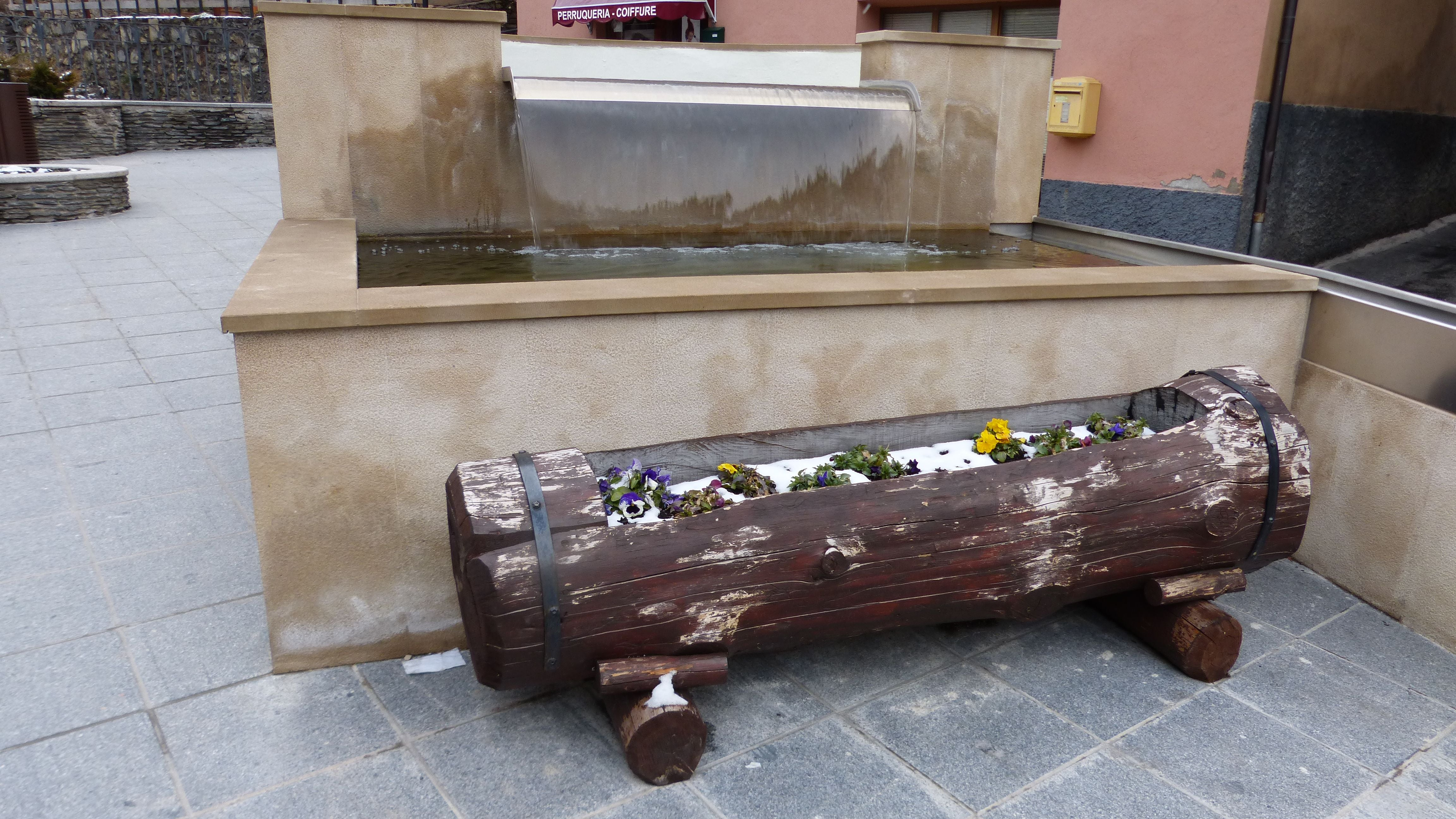 Furniture in Fuente Montaup