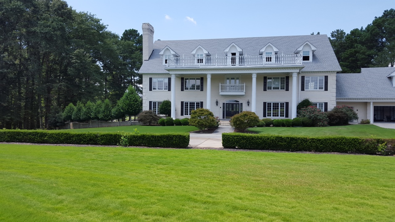 Estate in Monroe