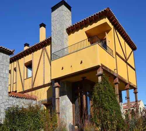 House in Narros del Puerto