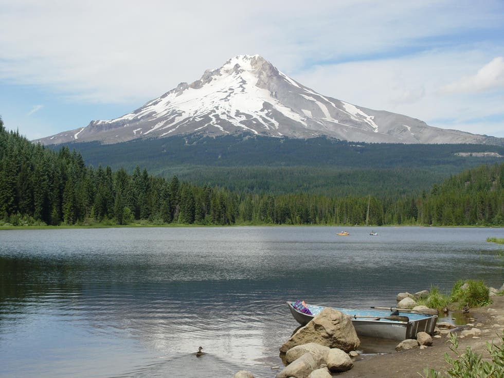 Lago en Mount Hood Village