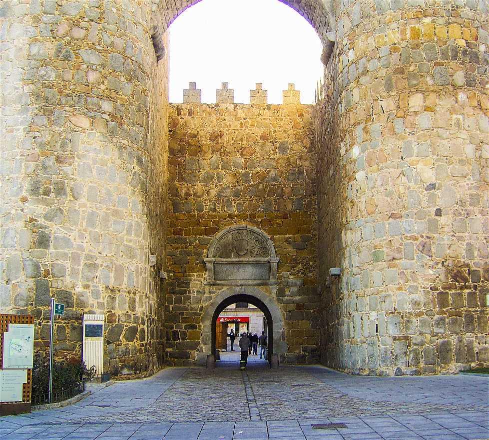 Palacio en Puerta del Alcázar o del Mercado Grande