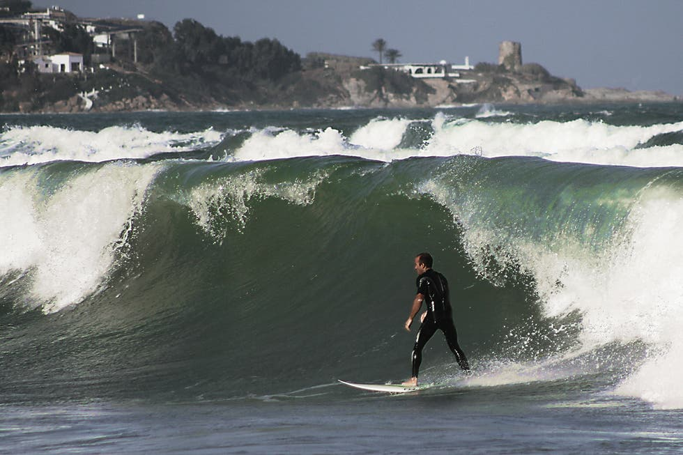 surfing in San Roque