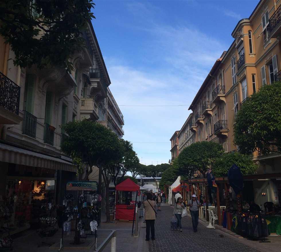 Ciudad en Rue Princesse Caroline