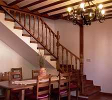 Escalera en Casa Rural Jacinto