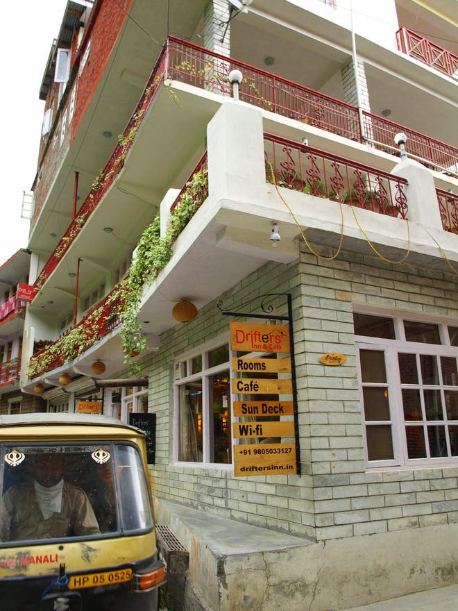 Facade in Manali