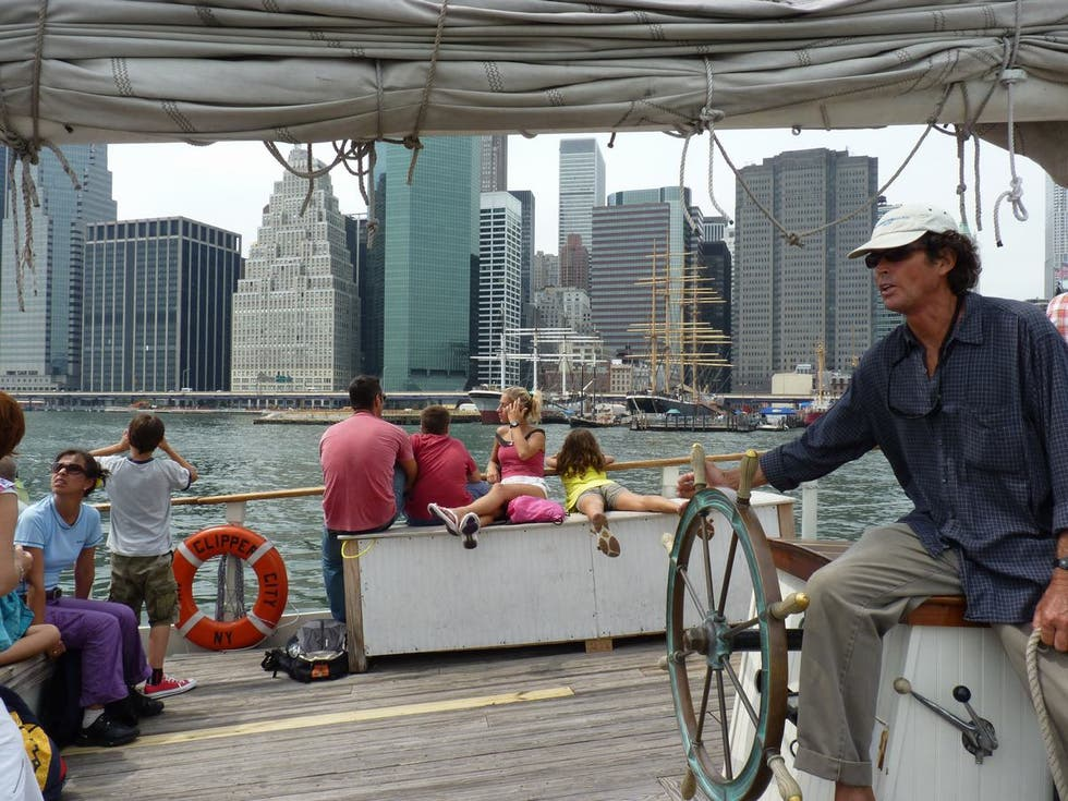 Personas en Paseo en el velero Clipper City Tall Ship