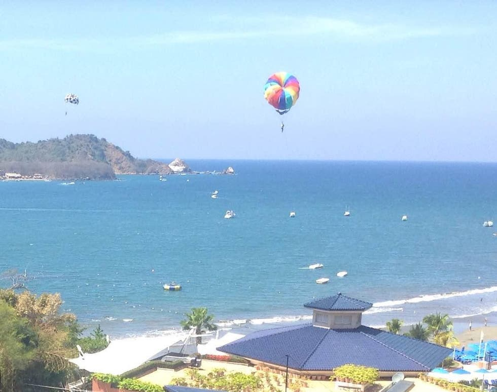 Parasailing en Playa Quieta