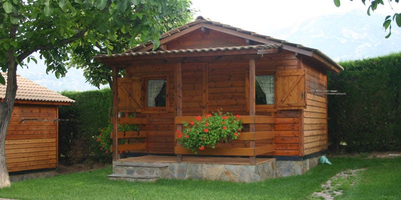 Fotos de casa rural en berga resort the mountain and for Casa jardin wellness center
