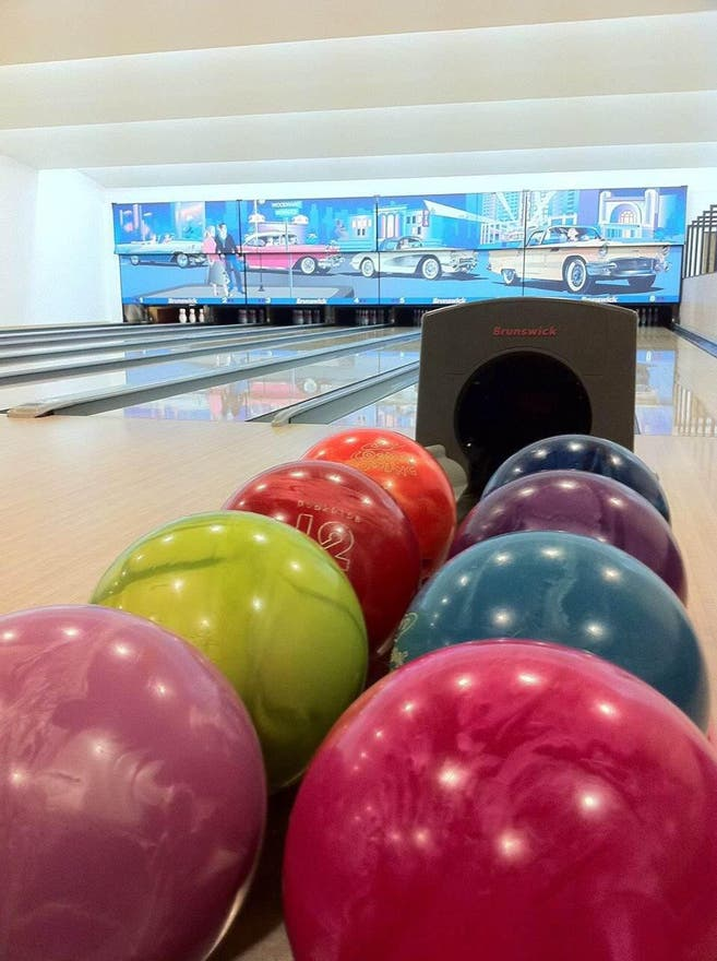 Bolos en Flash Bowling