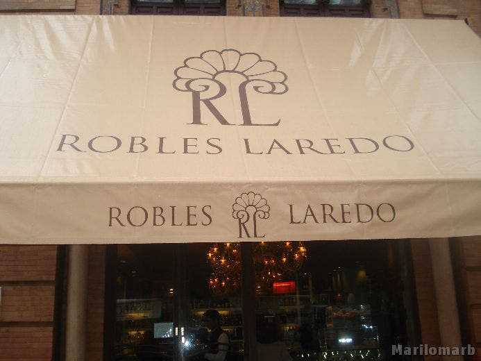 Restaurante en Bar Laredo