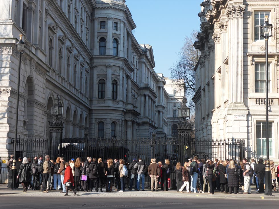 Multitud en Whitehall Street