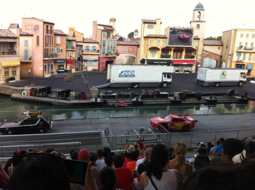 Carrera de coches en Disney's Hollywood Studios