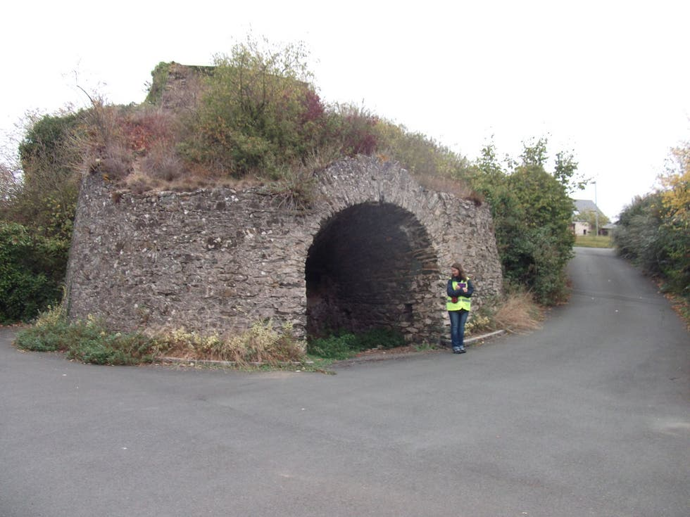 Air Raid Shelter in Beaulieu-sur-Layon