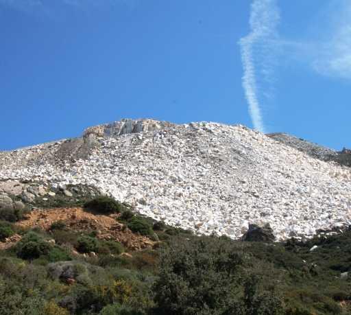 Montaña en Cantera de marmol