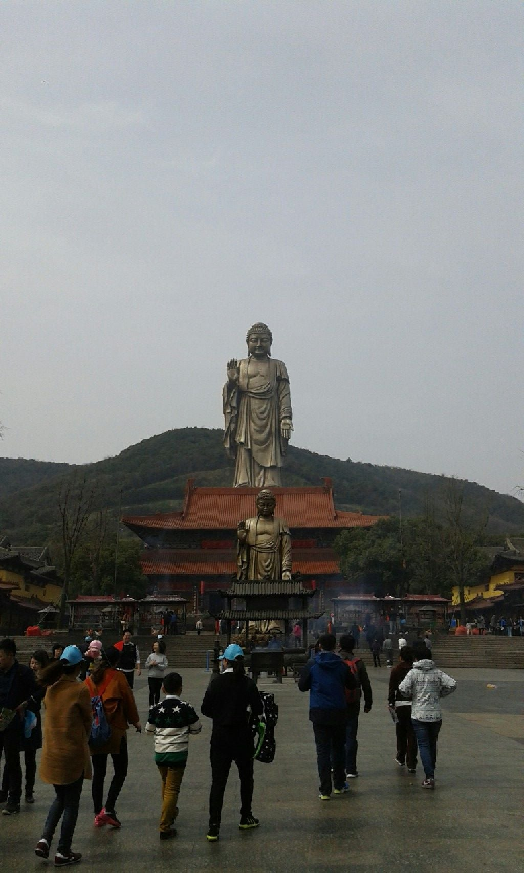 "buddhist single women in monument Women warriors of japan: highly trained, some fought with two swords, and one led an all-female force against the imperial army dec 7, 2017 stefan andrews an omnipresent image of japanese culture is that of the samurai, the ""all-masculine"" warrior who will decapitate an enemy in cold blood, or who will commit seppuku if he is to keep the."