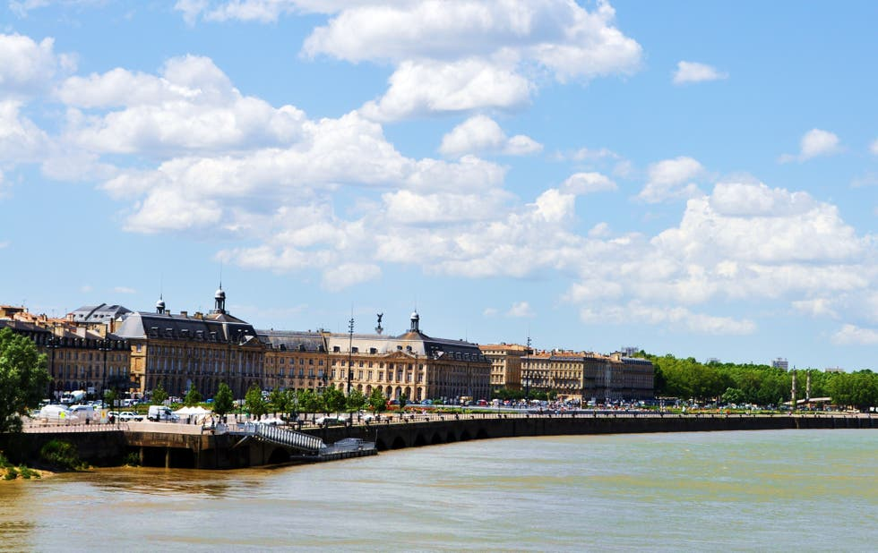 Shore in Bordeaux