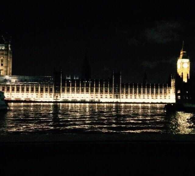 Notte a Parliament