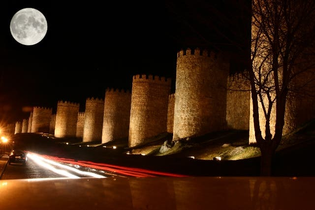 Night in Ávila