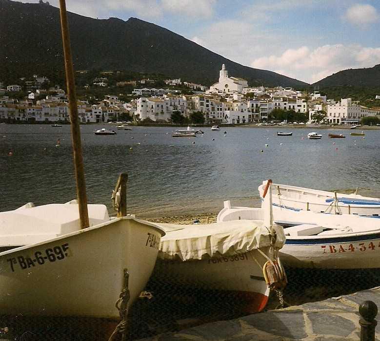 Mar en Puerto de Cadaqués