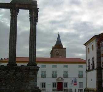 Pueblo en Museu de Évora
