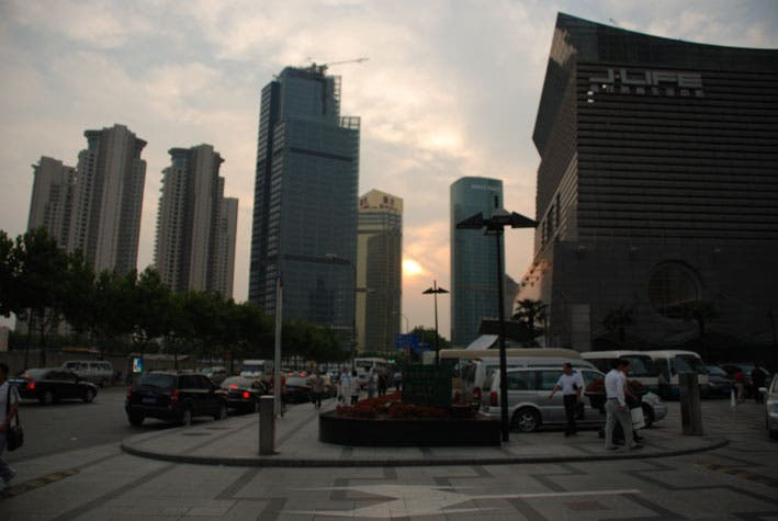 Anochecer en Pudong