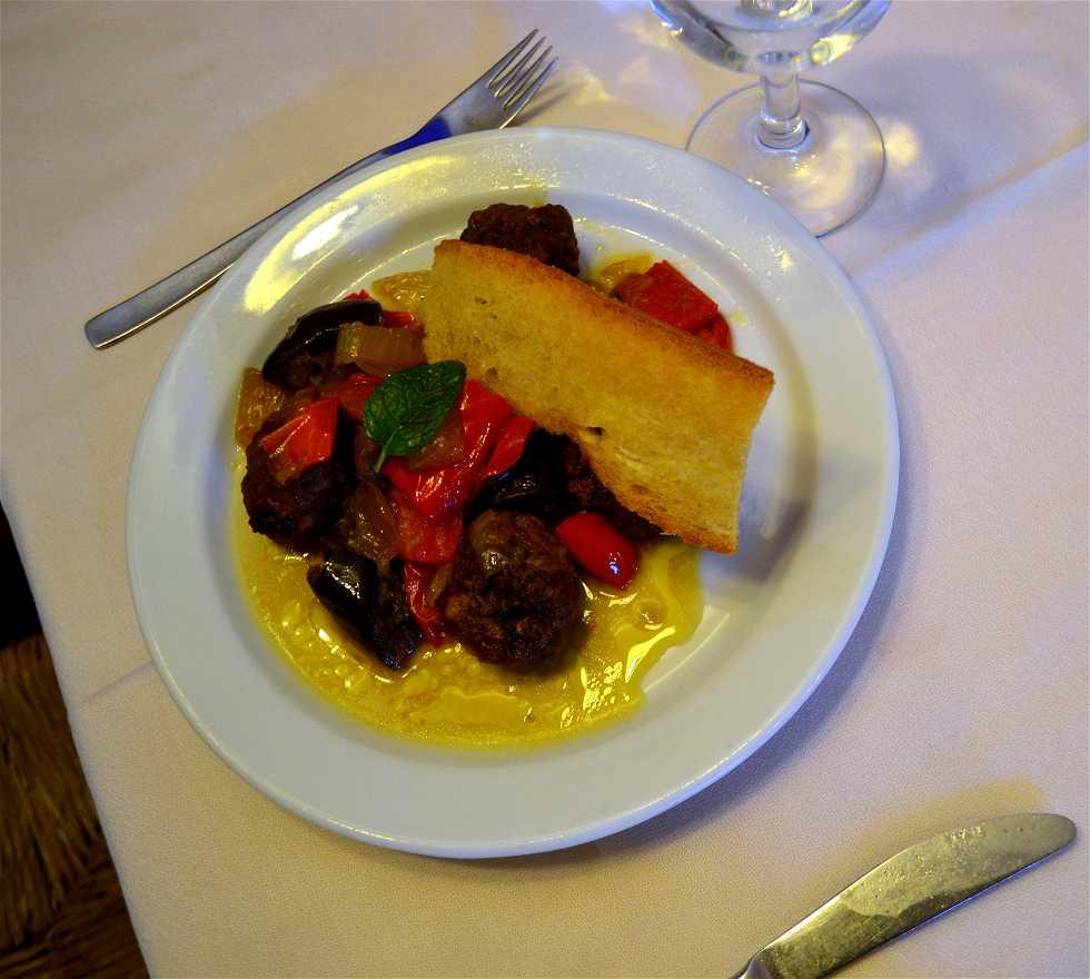 Comida en Restaurante El Piró