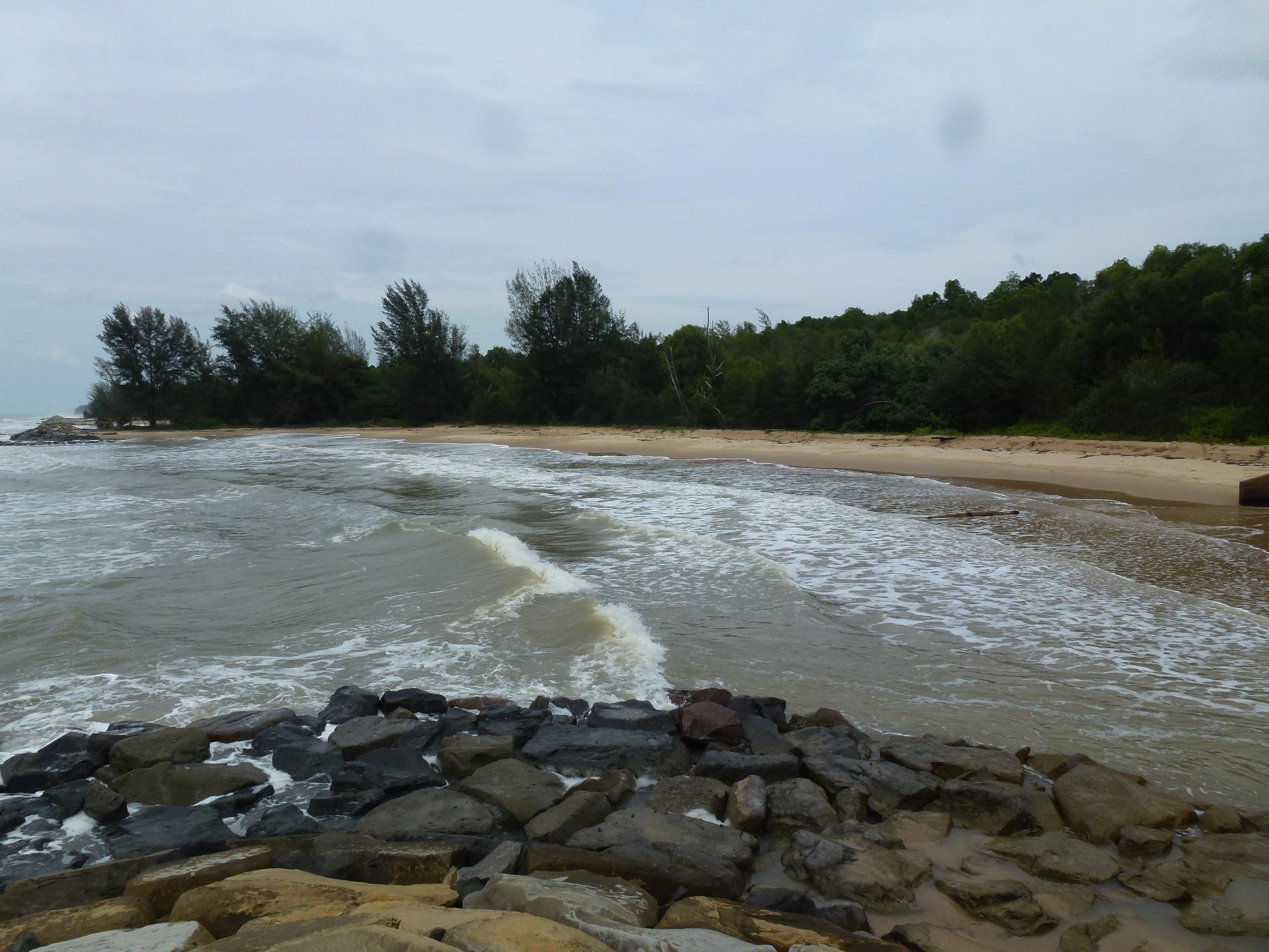 Rivage à Tutong