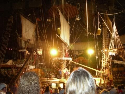 Alumbrado en Pirate's Dinner Adventure