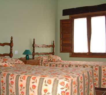 Sala en Aldeanueva de Barbarroya