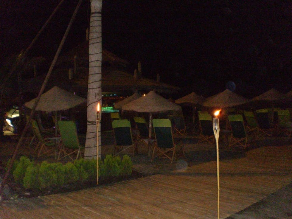 Noche en Beach Bar Playa Torviscas