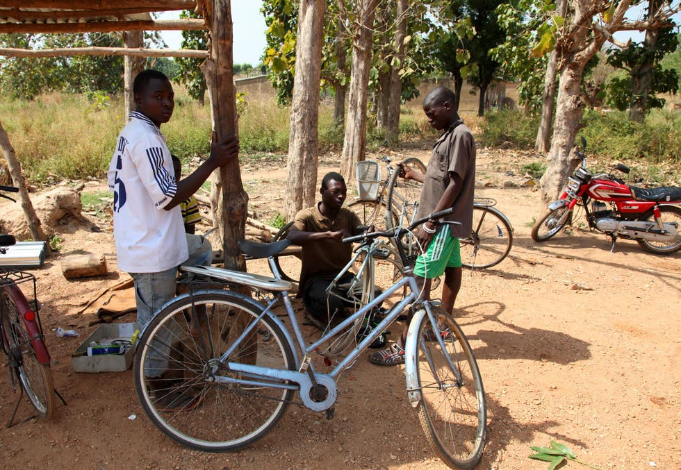 Bicycle in Kandé