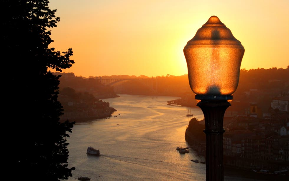 Sunset in Vila Nova de Gaia