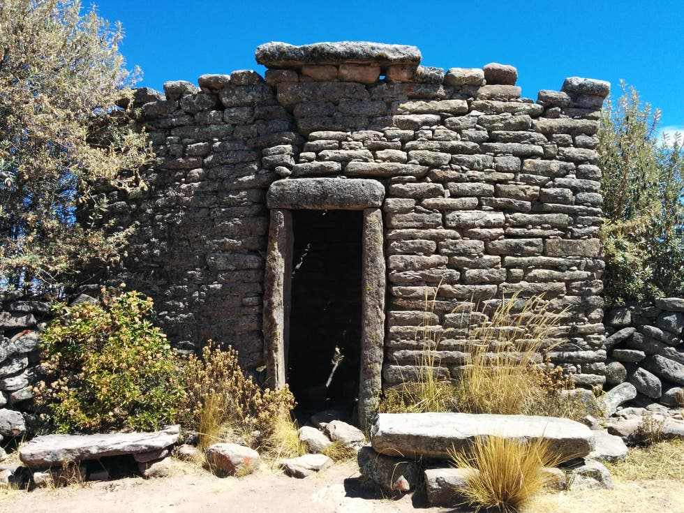 Ancient History in Isla Taquili