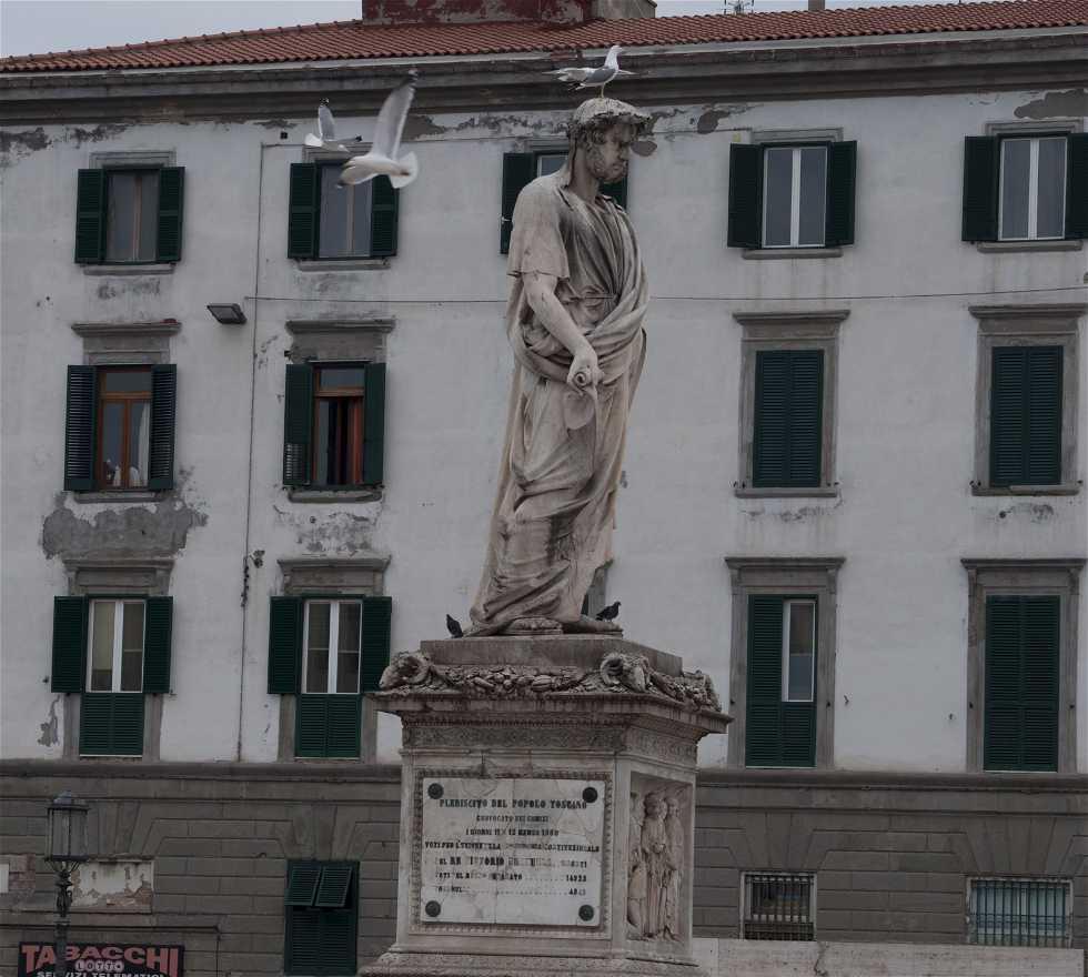 Fachada en Piazza della Repubblica