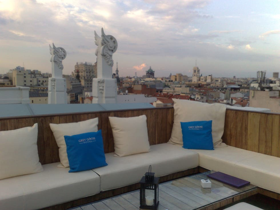 Photos Of The Roof Hotel Me Madrid Images
