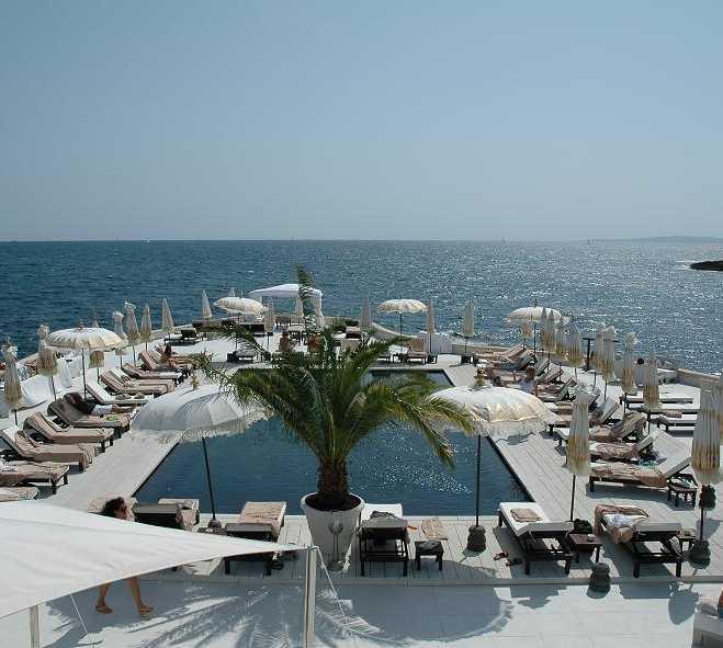 Vacaciones en Restaurante Puro Beach